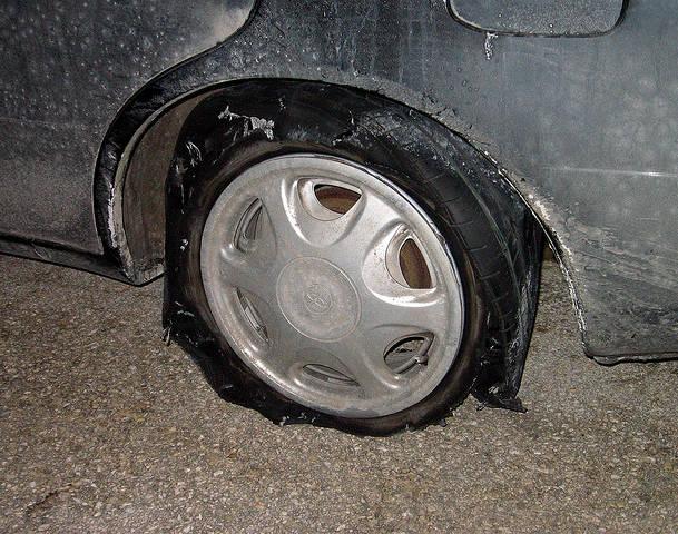Flat Tire Change Service Naperville Aurora Plainfield